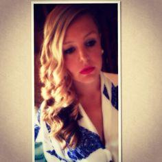 Side Curls for wedding guest @JLea Hair
