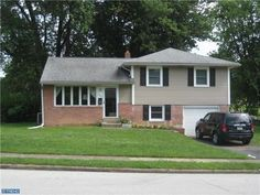305 N Central Blvd Broomall, PA 19008 home for sale Delaware County  http://www.anthonydidonato.net/wordpress/2013/07/02/305-n-central-blvd-broomall-pa-19008-home-for-sale-delaware-county/  Please Contact Me for more information about this home for sale at 305 N Central Blvd Broomall, PA 19008 in Delaware County and other Homes for sale in Delaware County PA and the Wilmington Delaware Areas: Anthony DiDonato Cell Number: (610) 659-3999 Email: anthonydidonato@gmail.com