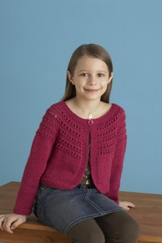 Knitting - Free Pattern - Fresh-Picked Color 3/4-Sleeve Cardigan  - Level: easy.