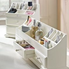 Great makeup storage. I saw something like this at the new Home Goods store, although I think it was for office or bill organizing.