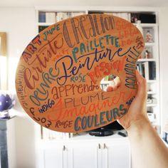 Noëlie | Calligraphique (@calligraphique) • Photos et vidéos Instagram Decorative Plates, Lettering, Artist, Photos, Inspiration, Instagram, Fake Calligraphy, English Handwriting, Marker