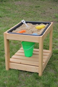 Sand table with cover // water table // outdoor play table (local item only - shipping is not available) Sand Table, Kids Water Table, Water Tables, Sensory Table, Sensory Play, Play Table, Gate Hinges, Toddler Table, Outdoor Play
