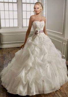 QueUsar.com: Vestido de Novia Strapless, Corte Princesa, Decora...