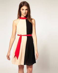 Black White And Red Stitching Fashion Round Neck Dress