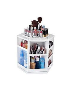 Now this would be nice to store (some of) my make-up, on my future makeup table. - This Tabletop Organizer Holds Over 100 Pieces. Tabletop Spinning Cosmetic Organizer by Lori Greiner Makeup Storage, Makeup Organization, Makeup Display, Bedroom Organization, Storage Organization, Closets Pequenos, Rangement Makeup, Tabletop, Make Up Organizer