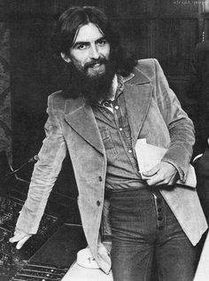 screaming-wild: such a beautiful soul George Harrison, Les Beatles, George Beatles, 5th Beatle, Liverpool, The Fab Four, The Clash, Ringo Starr, John Paul