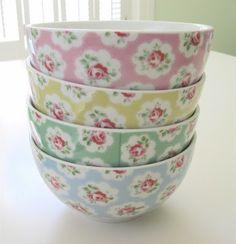 Pretty bowls in a cottage kitchen.