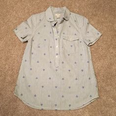 J. Crew Anchor Button Up BNWT. Size XS. Collared Shortsleeve button up w/ pinstripe detailing and anchor print design. J. Crew Tops Button Down Shirts