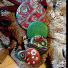 5Circle Pendant in greens and deep reds...
