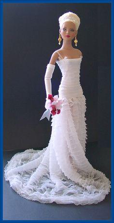 Barbie Wedding Dress, Wedding Doll, Barbie Gowns, Barbie Clothes, Wedding Bride, Wedding Gowns, Bridal Gowns, Pretty Dolls, Beautiful Dolls