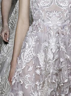 Leave it to Valentino to reimagine white. (Valentino Haute Couture | Spring/Summer 2013)