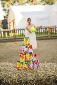 rustic country sunmmer wedding game ideas / http://www.himisspuff.com/wedding-reception-game-ideas/12/