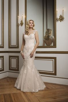 Style 8841. 2016 Justin Alexander collection #weddingdress #lace