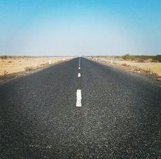 Create Your own trip using tripjinnee.com, Way to kutch rann utsav, Gujarat. #kutch #rann #gujarattourism #gujarat #desert #whitedesert #whiterann #Bhuj #road #highway #traveltoindia #incredibleindia #travel #tourist #tourism #trip #beautiful #rannofkutch
