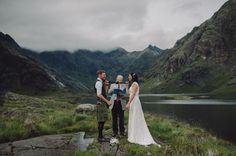Secret Scottish Elopement on the Isle Of Skye: Laura + Damian | Green Wedding Shoes Wedding Blog | Wedding Trends for Stylish + Creative Brides