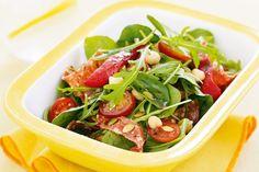 Spicy salami, capsicum & chickpea salad