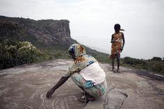 Dame de Mali - Fouta Djallon Highlands, Guinea-Conkary, West Africa © Jason Florio  http://www.rivergambiaexpedition.com/