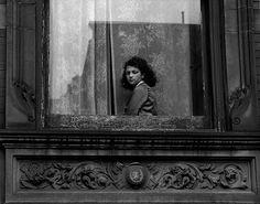 Harold Feinstein, Girl in Harlem Window, 1948
