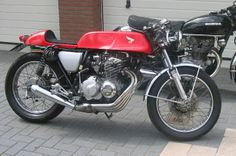 Honda CB400 Super Sport Caferacer. By M3RK