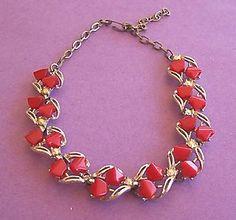 vintage:  lucite necklace
