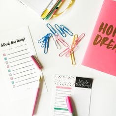 WAYS TO GET STUFF DONE: WHEN ARE BUSY AS HELL! + Free Printable To-Do Lists (seen in the picture)