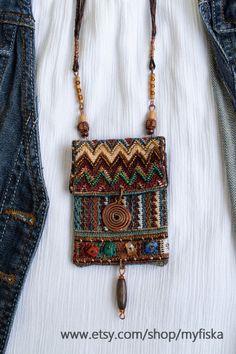 women handbags and purses – purses and handbags diy Cheap Purses, Unique Purses, Handmade Purses, Cute Purses, Purses And Bags, Cheap Handbags, Diy Handbag, Diy Purse, Beaded Purses