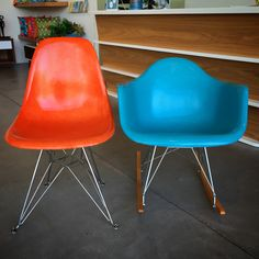 Love you new fiberglass chairs by Modernica! #palmsprings #justmodern