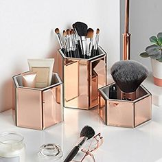 Beautify Mirrored Glass Hexagon Storage Pots for Makeup, Brushes, Jewellery & Accessories - Set of 3 includes Glass Cleaning Cloth: Amazon.co.uk: Kitchen & Home