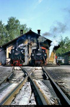 298.56 ÖBB Austrian State Railways ÖBB 298 class at Garsten, Austria by Maarten van der Velden Locomotive, Austria, Planes, Boats, Around The Worlds, Decor, Train, Destinations, Vehicles