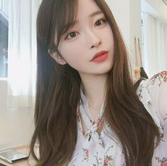Find images and videos about girl, korean and ulzzang on We Heart It - the app to get lost in what you love. Mode Ulzzang, Ulzzang Korean Girl, Cute Korean Girl, Cute Asian Girls, Beautiful Asian Girls, Cute Girls, Uzzlang Girl, Girl Face, Korean Beauty