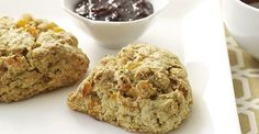 Apricot Ginger Toasted Oat Scones #Recipe #Food