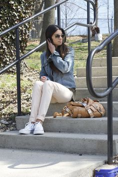 Casual day in peach jeans and jean jacket :) #blogger #fashionblog #fashionroll #peachjeans #jeanjacket #springstyle