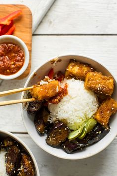 30 minute sesame stir-fried eggplant saucy tofu bowls. healthy, saucy, spicy, so delicious. vegan, plantbased, gluten free dinner from @minimalistbaker