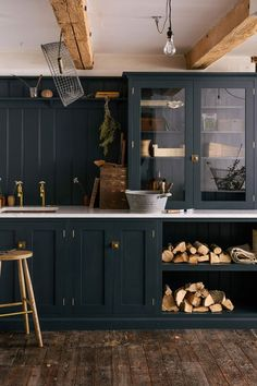 5 NEW Kitchen Trends Were Seeing and Loving (and Some Were Doing Right Now - Cabinet - Ideas of Cabinet - Emily Henderson Updated Kitchen Trends 2018 Cabinet On Counter Rustic Kitchen, Kitchen Cabinets Makeover, Kitchen Remodel, Kitchen Design, Kitchen Cabinet Design, Dark Green Kitchen, Kitchen Trends 2018, Rustic Farmhouse Kitchen, Kitchen Styling