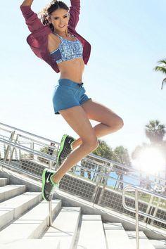 Нина Добрев — Фотосессия для «Seventeen Fitness» 2011 – 7