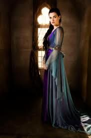 Picture: Katie McGrath on NBC's 'Merlin.' Pic is in a photo gallery for Katie McGrath featuring 8 pictures. Medieval Gown, Medieval Costume, Medieval Wedding, Medieval Fashion, Medieval Clothing, Gypsy Clothing, Renaissance Dresses, Renaissance Fairy, Pretty Dresses