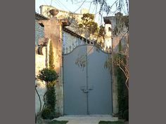 la Maison Saint Jean, maison d'hôtes à Boulbon en Provence vers : Avignon, Montagnette, Saint-Rémy, Les Baux, Arles, Pont du Gard