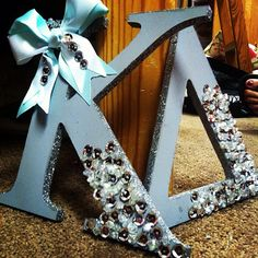 Too cute! Good twist on the letters! Love the sparkles!