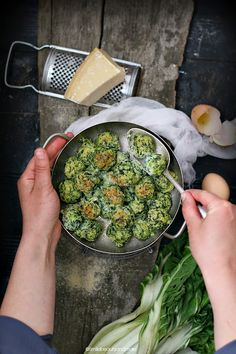 rabatòn, (ricotta and parmesan balls with greens and breadcrumbs).
