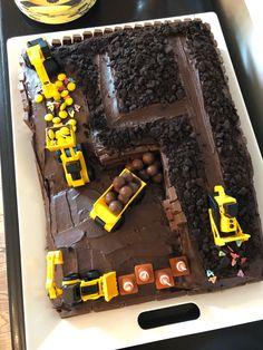 4th Birthday Cakes For Boys, Toddler Boy Birthday, Truck Birthday Cakes, Truck Cakes, Construction Birthday Cakes, Kids Construction Cake, Bulldozer Cake, Birthday Cake Decorating, Party Cakes