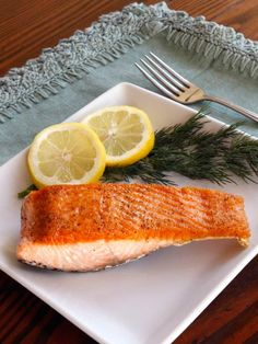 How to Sear Crisp, Moist Salmon Fillets - Make restaurant-quality salmon in your own kitchen! Golden crust, moist & flaky within. Fast, easy tutorial, 20 minute meal, healthy & delicious.