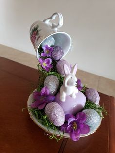 Easter Tree Decorations, Diy Easter Decorations, Decoration Table, Easter Wreaths, Easter Projects, Easter Crafts, Christmas Crafts, Easter Flower Arrangements, Easter Flowers
