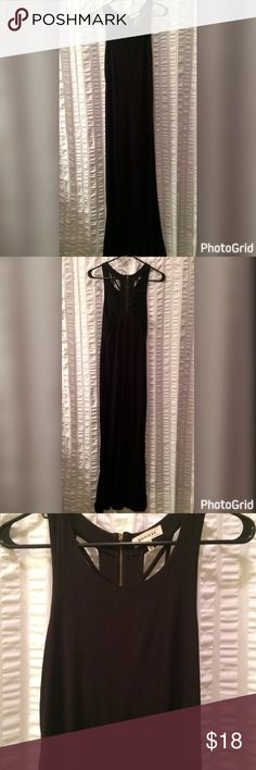 Black maxi dress Black cotton maxi dress with cut out detail and exposed zipper on the back. Worn a few times but in good condition! Please don't hesitate to ask questions or make an offer, prices are not firm! Happy Poshing! Monteau Dresses Maxi