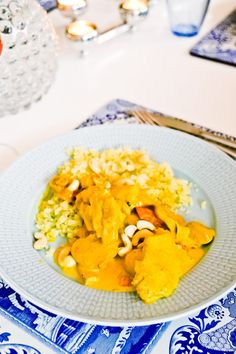 Currygryta med Kyckling - 56kilo.se - Lågkolhydrat recept, livsstil & inspiration A Food, Food And Drink, Indian Food Recipes, Ethnic Recipes, Lchf, Something Sweet, How To Cook Chicken, Low Carb Recipes, Risotto