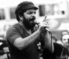 A Revolução   la-historia-es-nuestra: Parabéns a um dos... Marco Antonio Villa, Che Guevara, Historian, Calamari, Newspaper