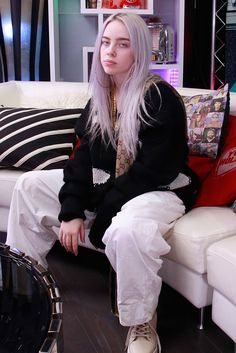 Billie Eilish Is a 15-Year-Old Pop Prodigy—And She's Intimidating as Hell - HarpersBAZAAR.com