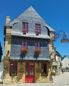 Le Faou: first stop in . Our Planet, Best Vacations, Wonderful Places, Cabin, House Styles, Awesome, Holiday, Travel, France