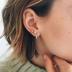 Maria Tash piercing. Love this trio of earrings on @esteelalonde ❤️