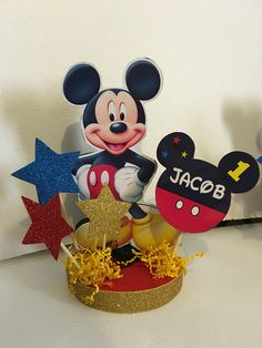 Mickey Mouse centerpiece Theme Mickey, Mickey 1st Birthdays, Fiesta Mickey Mouse, Mickey Mouse Baby Shower, Mickey Mouse Clubhouse Birthday Party, Mickey Birthday, Mickey Mouse Pinata, Elmo Party, Dinosaur Party