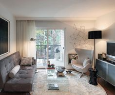 The Look for Less: Juan Pedro's modern Living Room on a Budget